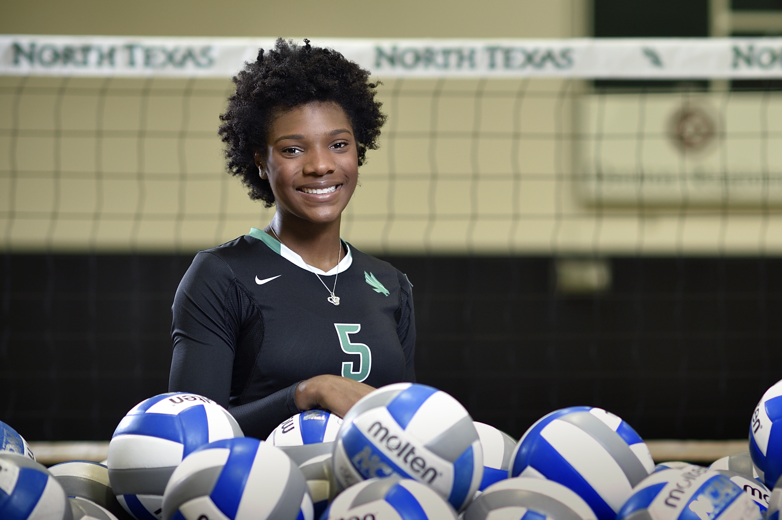 Volleyball Announces Carnae Dillard As Assistant Coach